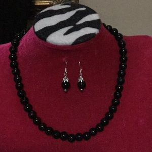 Black faux pearl necklace and earrings set